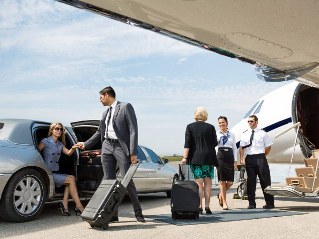 Airport Transfer Toronto, Airport Transportation in Toronto, Toronto Airport Shuttle Service, Cambridge Airport Shuttle Service, Cambridge Airport Transportation
